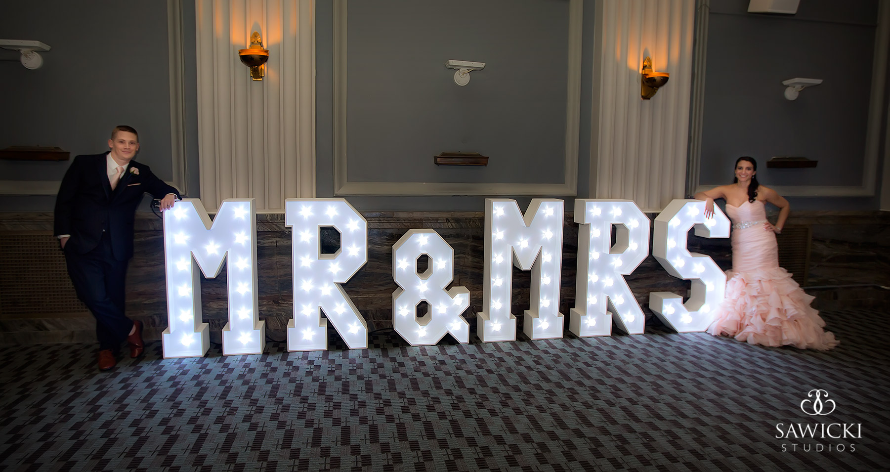 4' MR & MRS Light Up Letters - Photo by Sawicki Photography