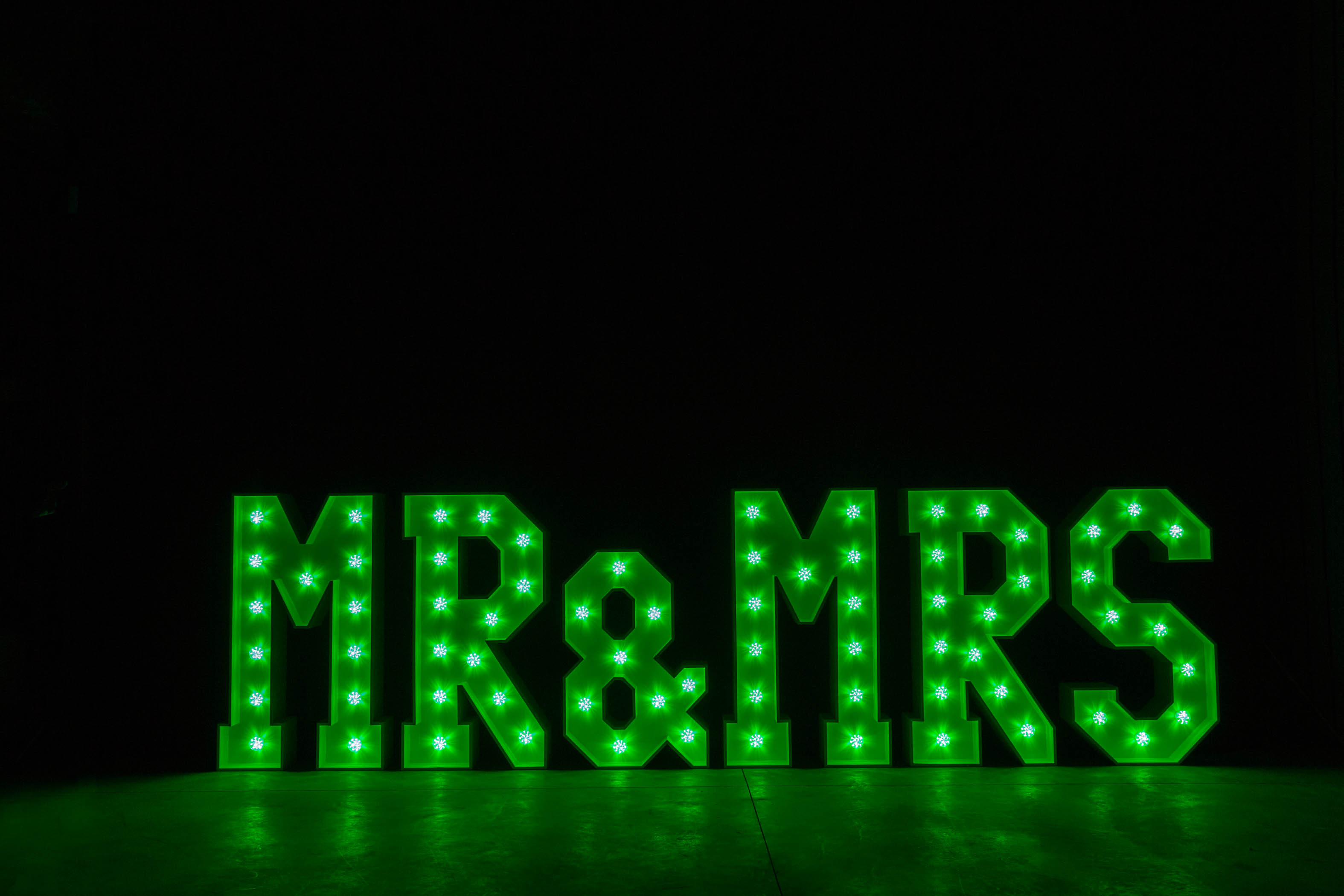 4' MR & MRS Letters - Green Light - Photo by Viscosi Photography
