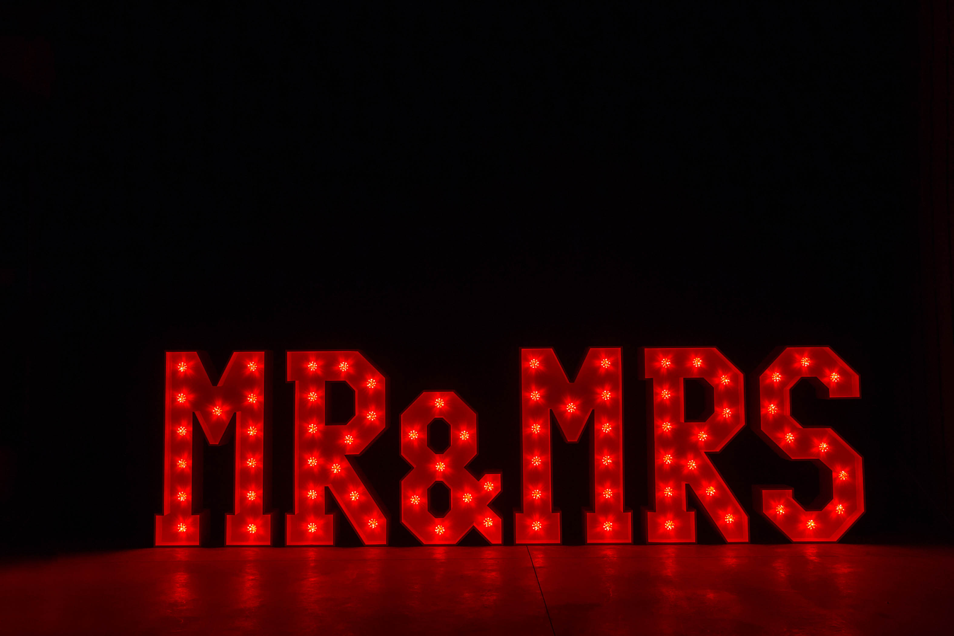 4' MR & MRS Letters - Red Light - Photo by Viscosi Photography
