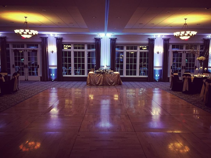 White Up Lighting @ River Stone Manor